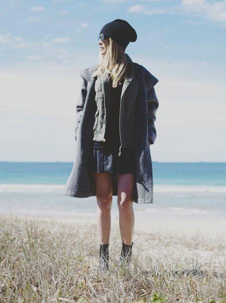 Clothing, Textile, Outerwear, Coat, Hat, Coastal and oceanic landforms, Summer, Street fashion, Jacket, Knee,