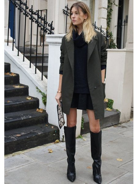 Clothing, Sleeve, Human leg, Joint, Stairs, Outerwear, Boot, Style, Street fashion, Knee,