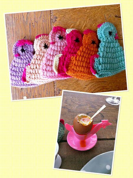 Textile, Magenta, Wool, Serveware, Cup, Knitting, Woolen, Creative arts, Teacup, Crochet,