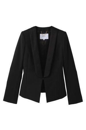 Clothing, Collar, Sleeve, Textile, Coat, Outerwear, White, Style, Blazer, Fashion,