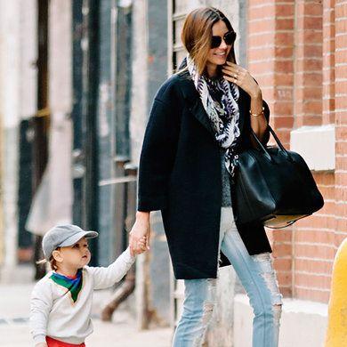 Clothing, Footwear, Leg, Trousers, Jeans, Textile, Photograph, Outerwear, Denim, Sunglasses,