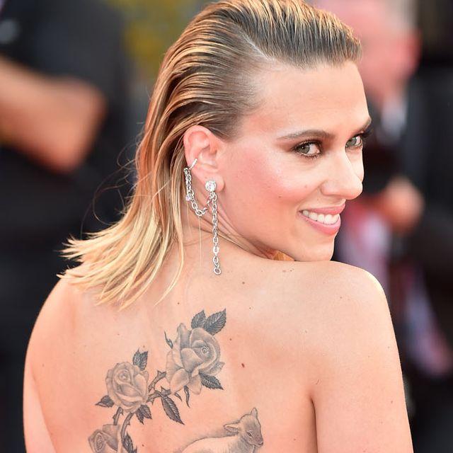 shoulder, tattoo, elbow, back, organ, waist, muscle, trunk, chest, beach,