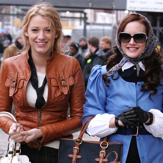 Hair, Eyewear, Sunglasses, Style, Fashion accessory, Bag, Street fashion, Luggage and bags, Necklace, Handbag,