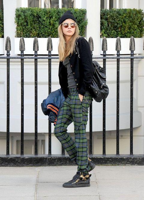 Clothing, Leg, Sleeve, Textile, Outerwear, Bag, Style, Street fashion, Pattern, Fashion accessory,