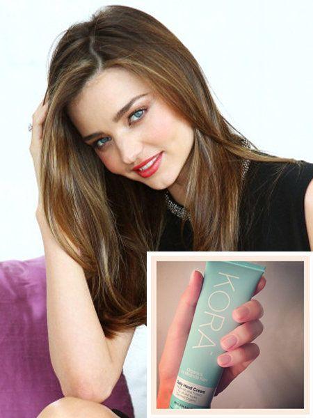 Finger, Lip, Hairstyle, Skin, Eyebrow, Eyelash, Facial expression, Beauty, Nail, Long hair,