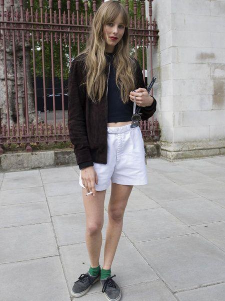 Clothing, Leg, Human leg, Shoulder, Textile, Outerwear, White, Style, Street fashion, Bag,