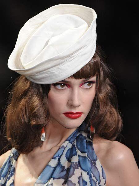 Lip, Eyelash, Headgear, Fashion, Beauty, Costume accessory, Fashion model, Model, Earrings, Eye liner,