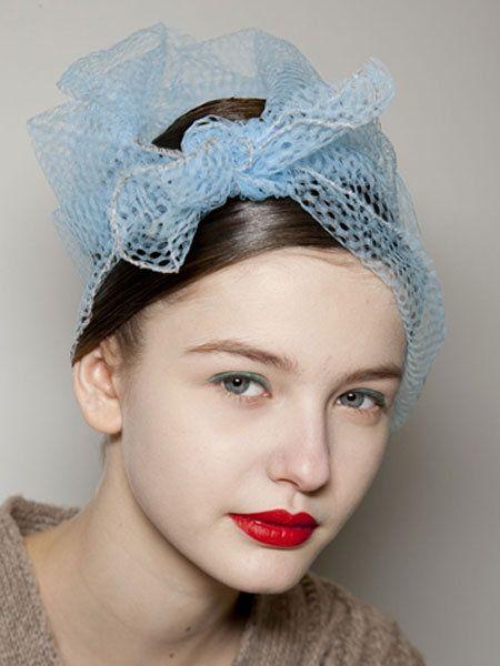 Lip, Chin, Forehead, Eyebrow, Hair accessory, Eyelash, Headpiece, Style, Headgear, Fashion accessory,
