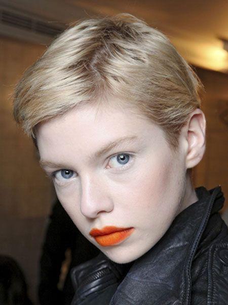 Hair, Nose, Lip, Mouth, Cheek, Hairstyle, Eye, Chin, Forehead, Eyebrow,