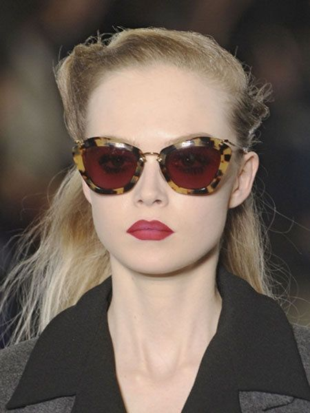 Clothing, Eyewear, Hair, Glasses, Vision care, Earrings, Lip, Mouth, Hairstyle, Chin,
