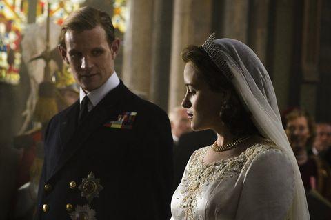 Clothing, Bridal veil, Collar, Veil, Bridal clothing, Photograph, Outerwear, Bridal accessory, Coat, Formal wear,