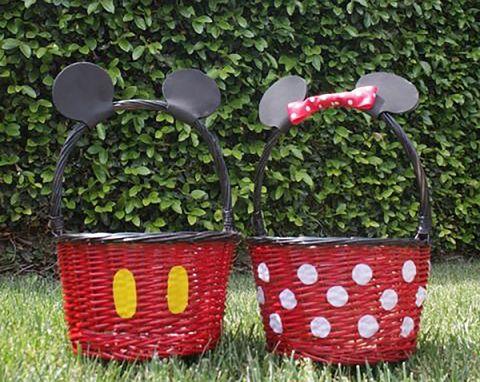 Grass, Basket, Picnic basket, Plant, Storage basket, Home accessories, Picnic,
