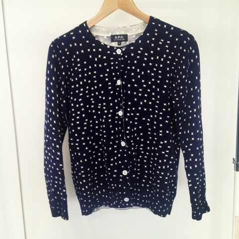 Clothing, Product, Collar, Sleeve, Pattern, Textile, White, Style, Dress shirt, Polka dot,