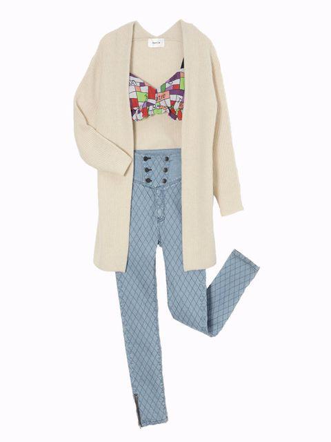 Clothing, Dress shirt, Collar, Sleeve, Textile, Outerwear, Pattern, Blazer, Sweater, Button,