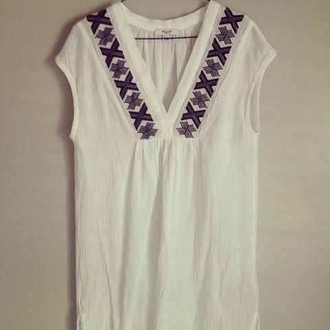 Product, Textile, White, Dress, One-piece garment, Fashion, Day dress, Pattern, Embellishment, Ivory,