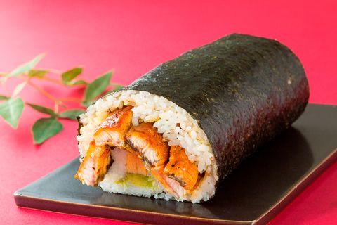 Dish, Cuisine, Food, Gimbap, Ingredient, Comfort food, Sushi, California roll, Side dish, Steamed rice,