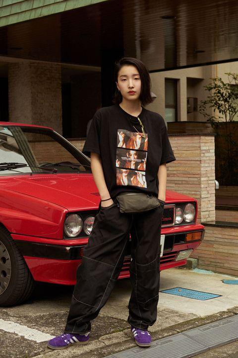 Vehicle, Car, Jeans, Subcompact car, Compact car, Hood, Sedan, Hatchback, City car,