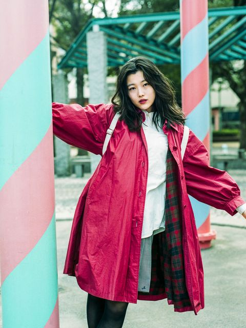 Clothing, Pink, Red, Magenta, Outerwear, Beauty, Street fashion, Fashion, Textile, Photo shoot,