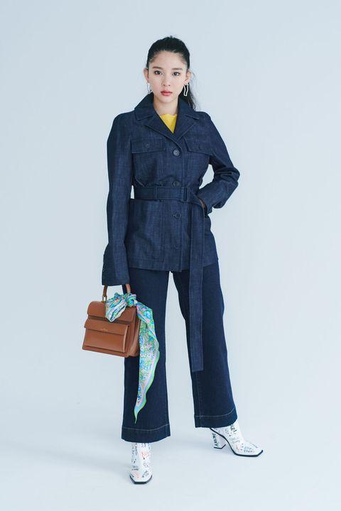Collar, Sleeve, Textile, Bag, Outerwear, Standing, Style, Street fashion, Blazer, Fashion,