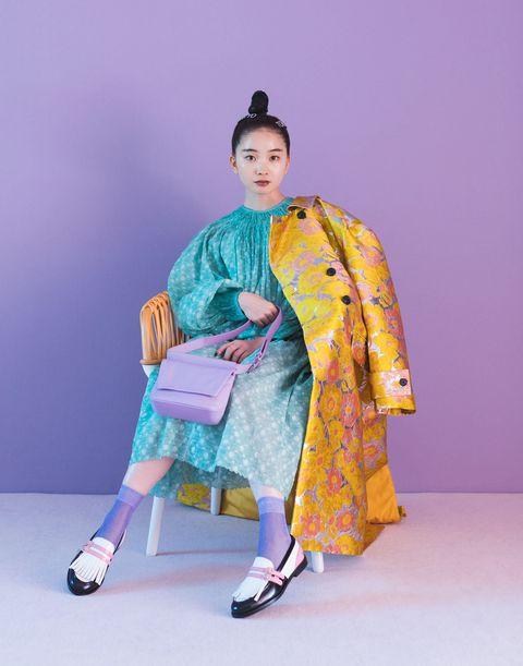 Sleeve, Textile, Style, Purple, Fashion, Costume design, Sandal, Kimono, Bag, Vintage clothing,