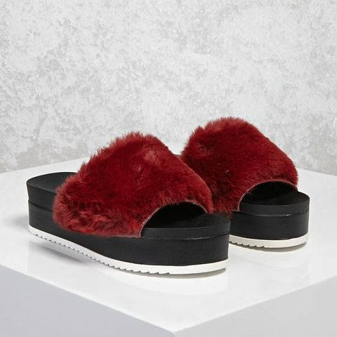 Footwear, Fur, Red, Velvet, Shoe, Fur clothing, Boot, Suede,