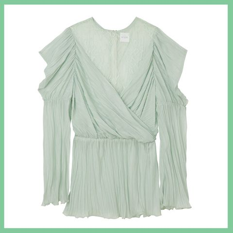 Clothing, Green, Sleeve, Outerwear, Blouse, Top, T-shirt,