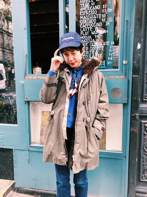 Photograph, Street fashion, Snapshot, Fashion, Coat, Jacket, Outerwear, Winter, Overcoat, Parka,