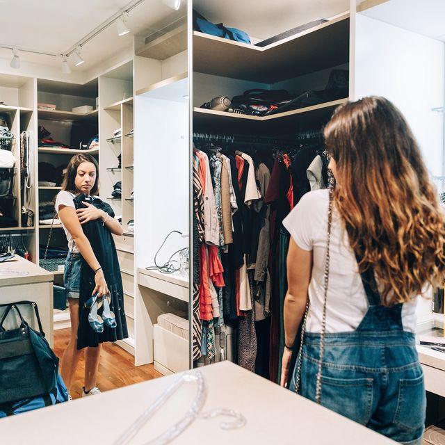 Room, Retail, Shelf, Bag, Fashion accessory, Denim, Shelving, Fashion, Luggage and bags, Closet,