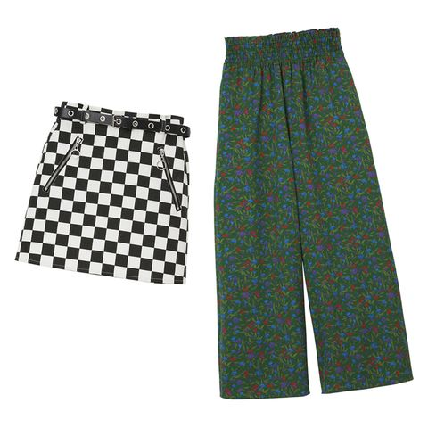 Textile, Pattern, Black, Active shorts, Pocket, Pattern, Trunks, Active pants,