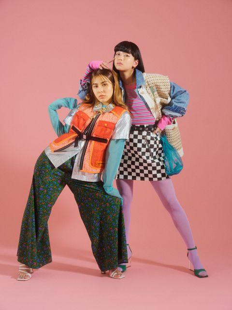 Sleeve, Textile, Outerwear, Pink, Style, Bag, Fashion accessory, Magenta, Fashion, Street fashion,