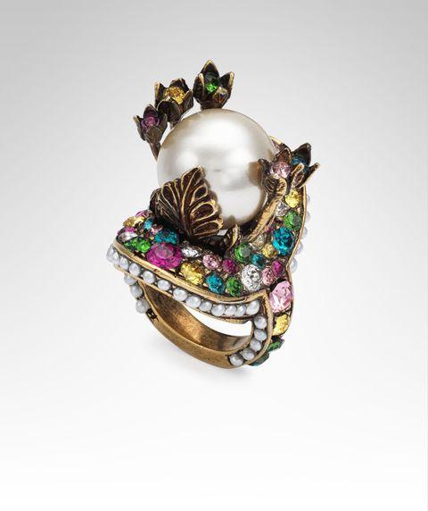 Jewellery, Fashion accessory, Gemstone, Brooch, Turquoise, Body jewelry, Amethyst, Opal,