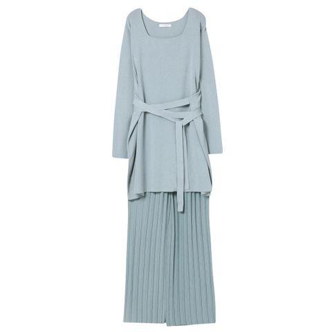 Sleeve, Textile, Collar, Fashion, Teal, Pattern, Grey, Aqua, One-piece garment, Turquoise,