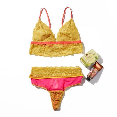 Clothing, Lingerie, Bikini, Swimwear, Lingerie top, Undergarment, Swimsuit top,