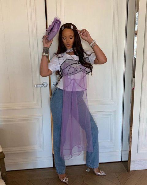 Purple, Floor, Magenta, Hair accessory, Door, Violet, Waist, Lavender, Headpiece, Costume,