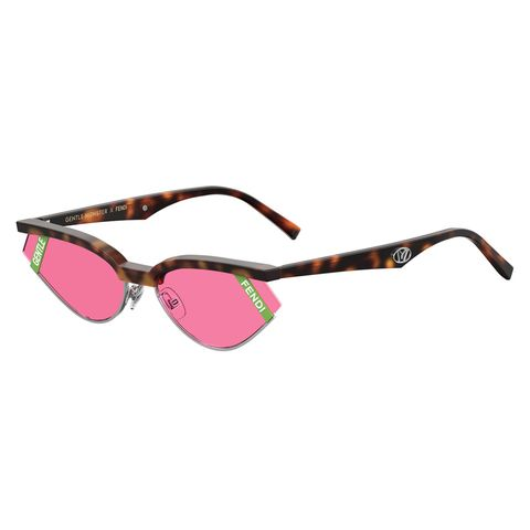 Eyewear, Sunglasses, Glasses, Personal protective equipment, Pink, Vision care, Eye glass accessory, Transparent material, Goggles, Material property,
