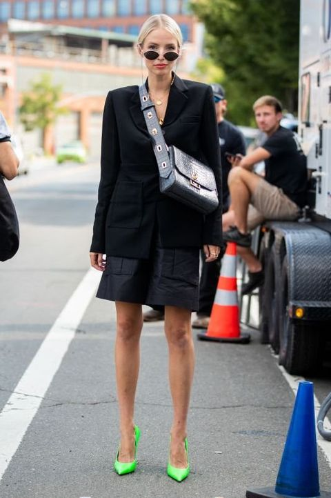 Infrastructure, Human leg, Outerwear, Street, Style, Street fashion, Sunglasses, Coat, Urban area, Blazer,