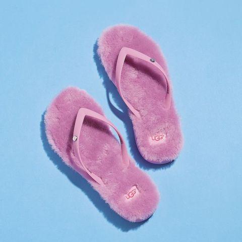 Footwear, Pink, Slipper, Shoe, Flip-flops, Fur,