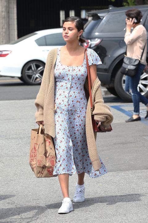Street fashion, Clothing, White, Fashion, Snapshot, Hairstyle, Footwear, Shoulder, Dress, Leg,