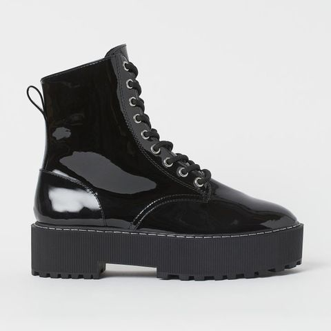 Product, White, Black, Grey, Beige, Boot, Synthetic rubber, Leather, Black-and-white, Fashion design,