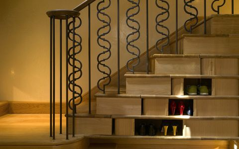 Stairs, Wall, Baluster, Iron, Handrail, Shelving, Metal, Wood stain, Molding, Shelf,