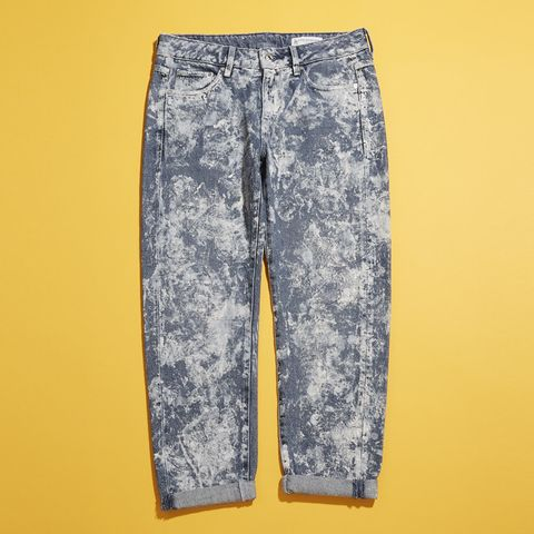 Blue, Yellow, Denim, Textile, Pocket, Bermuda shorts, Visual arts, Silver, Fashion design, Pattern,