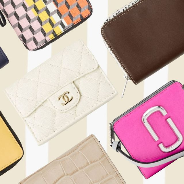 Bag, Wallet, Fashion accessory, Handbag, Material property, Leather, Font, Coin purse, Brand,