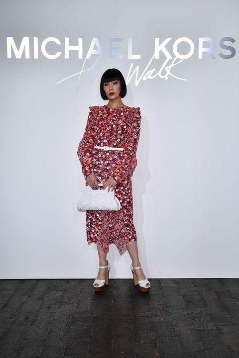 Fashion model, Clothing, White, Fashion, Shoulder, Dress, Fashion design, Pattern, Joint, Footwear,