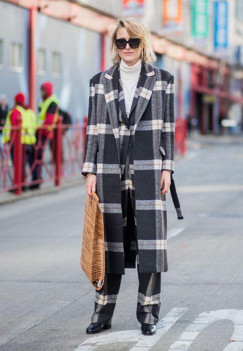 Plaid, Tartan, Street fashion, Clothing, Fashion, Pattern, Eyewear, Snapshot, Outerwear, Design,