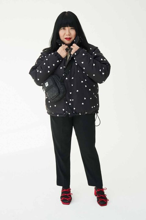 Clothing, Black, White, Outerwear, Shoulder, Standing, Fashion, Pattern, Lip, Joint,