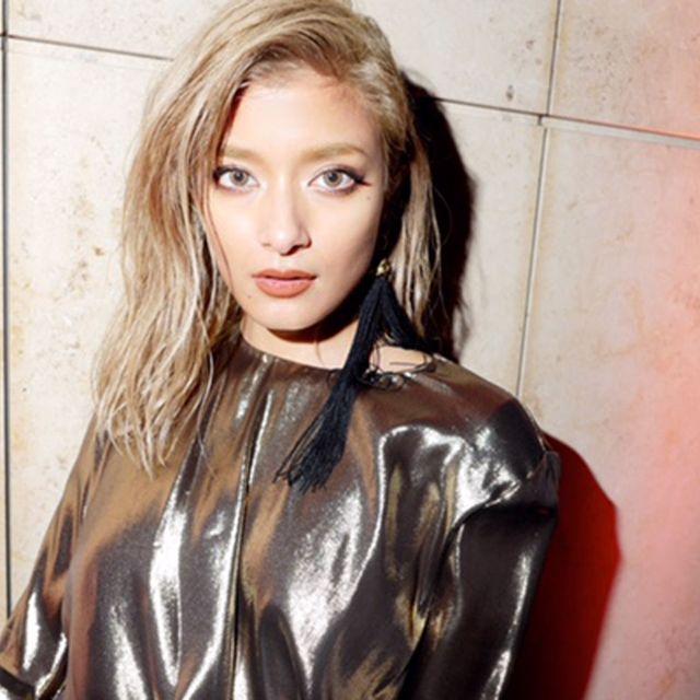 Hair, Blond, Hairstyle, Beauty, Long hair, Fashion model, Lip, Brown hair, Photo shoot, Model,