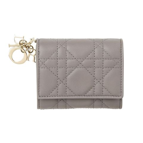 Fashion accessory, Beige, Wallet, Coin purse, Leather, Rectangle, Material property, Bag, Handbag, Silver,