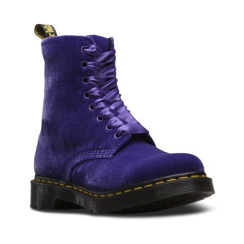 Footwear, Violet, Shoe, Purple, Boot, Electric blue, Work boots, Velvet,