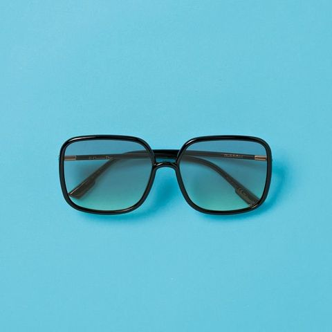 Eyewear, Glasses, Blue, Aqua, Sunglasses, Transparent material, Personal protective equipment, Green, Turquoise, Teal,