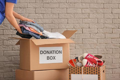 Elbow, Box, Brick, Shipping box, Cardboard, Packaging and labeling, Carton, Brickwork, Outdoor shoe, Basket,